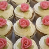 thumbs_cup-cakes-e